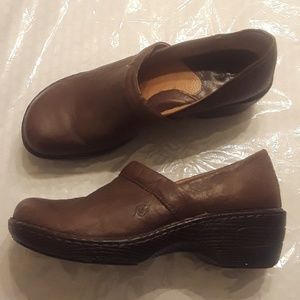 Brown Born Toby Duo Clogs